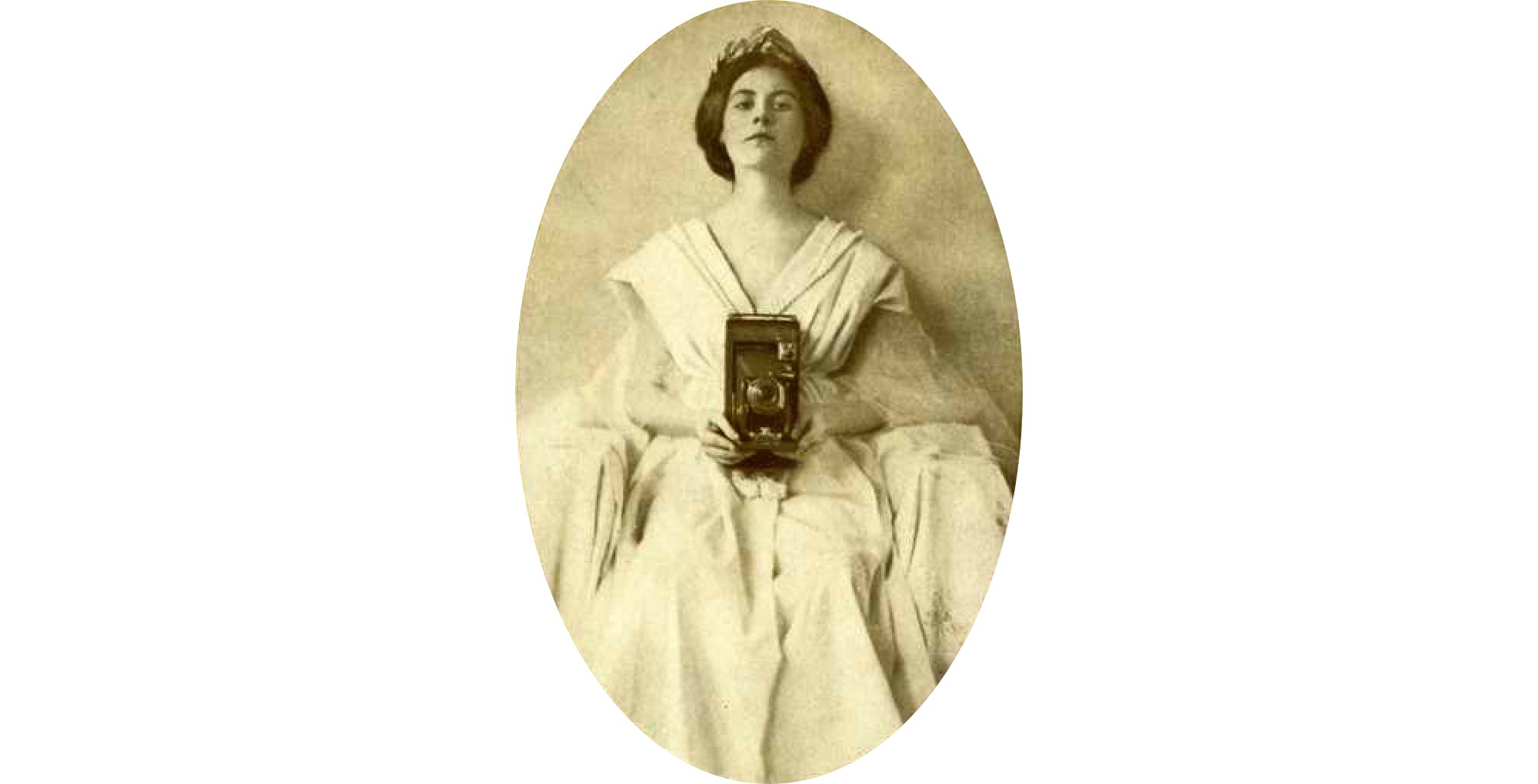 kodak woman holding camera 1911